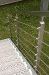 Hranaté nerezové madlo zábradlí 40 x 40 mm - 1 m